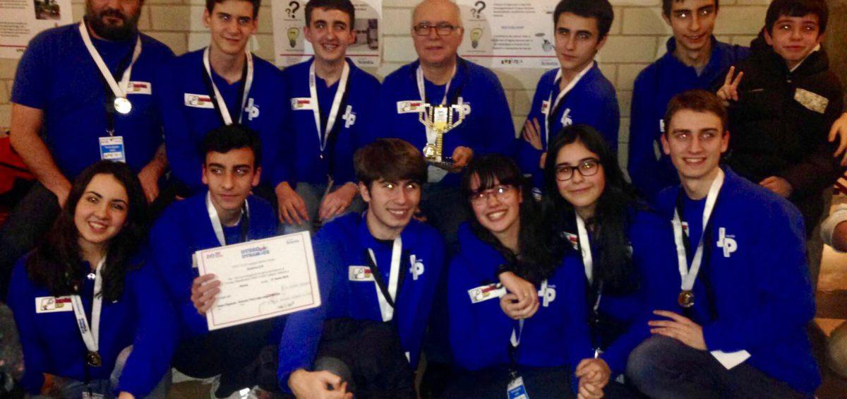 L'equip guanyador amb el professorat