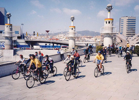 (1) Mou-te en bici, 2001